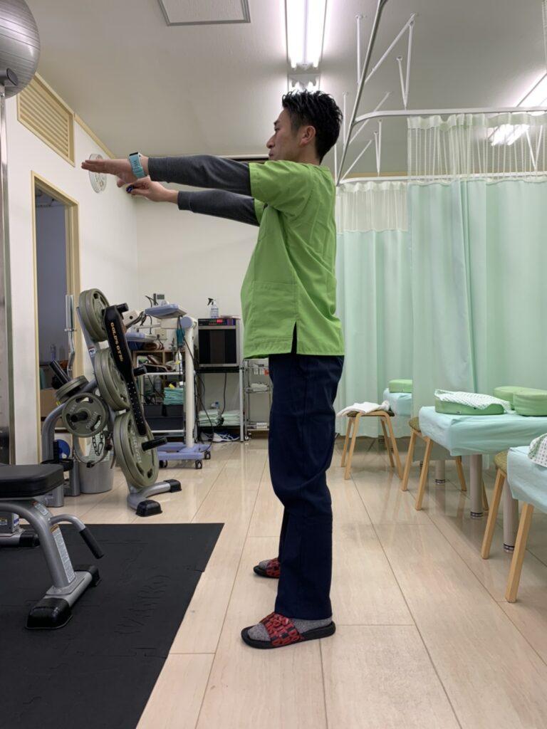膝周りの強化と、ふくらはぎのストレッチについて
